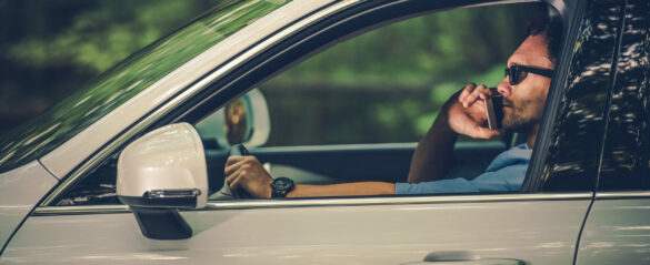 Is it Legal to Drive While Using a Cell Phone in Florida?