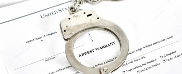 What is the Difference Between an Arrest Warrant and a Search Warrant?